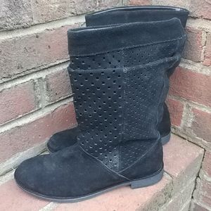 Toms Suede Were a Slouch Boot Size 6